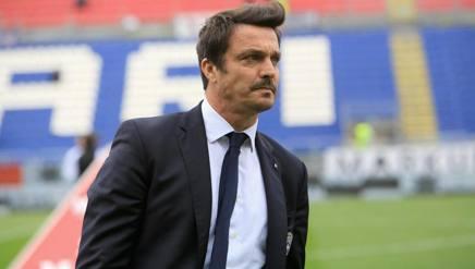 Calcio, il Crotone esonera l'allenatore StroppaPer proseguire il campionato di serie B arriva Oddo