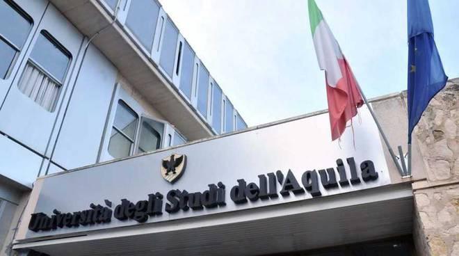 Studentessa con figlia neonata cacciata dall'aulaDisavventura di una calabrese all'Università dell'Aquila