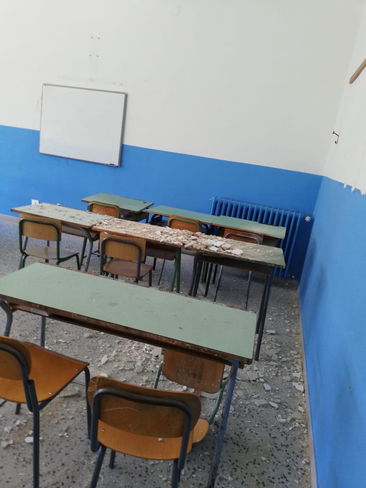 Matera, sgombero scuola in via Cappelluti: elementari all'ex asilo di via Gramsci fino a giugno