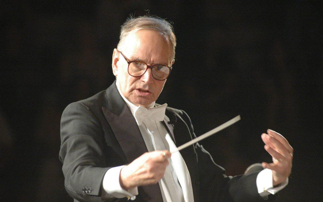 Musica, i 90 anni del maestro Ennio Morricone  Da Catanzaro gli auguri per il noto cittadino onorario