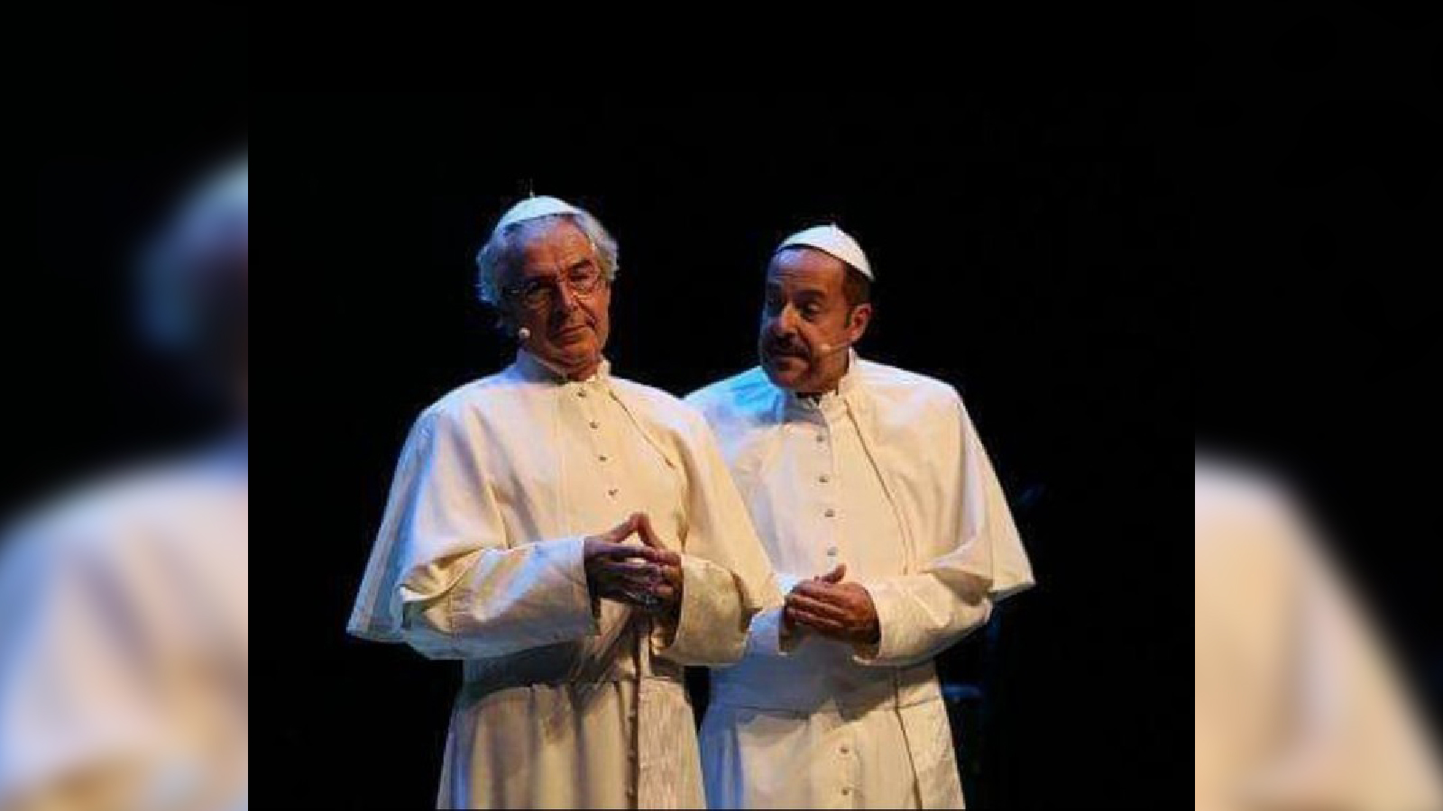 Al Politeama lo show di Massimo Lopez e Tullio SolenghiApprezzamenti e applausi da parte del pubblico presente