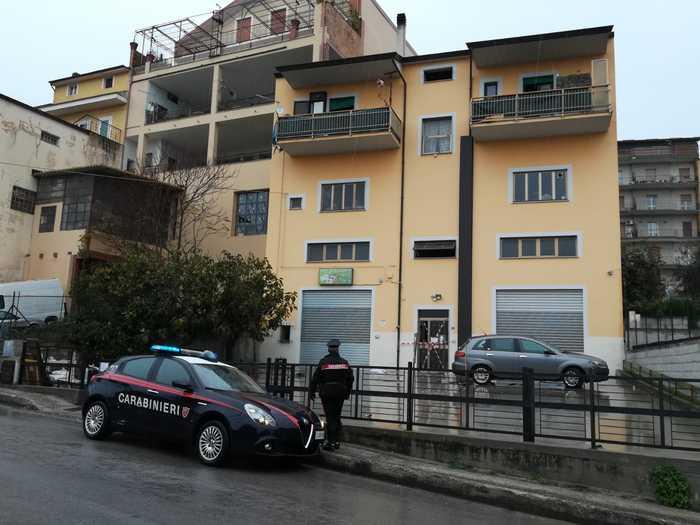 Blitz antidroga nel Sannio, 5 arresti: stupefacenti importati dal Napoletano e dal Casertano