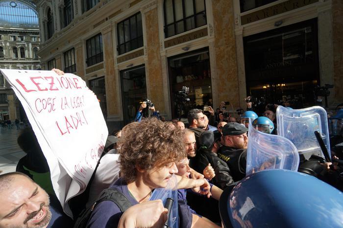 Il Ministro Salvini a Napoli: contro camorra impegno di tutti