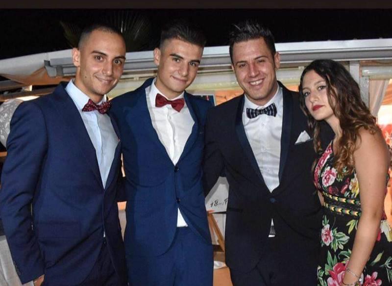Francesco Vangeli con i fratelli e la sorella