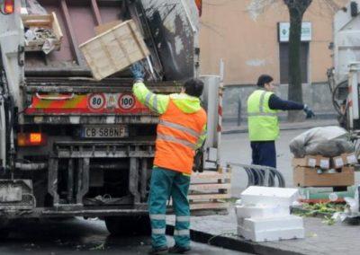 raccolta rifiuti.jpeg
