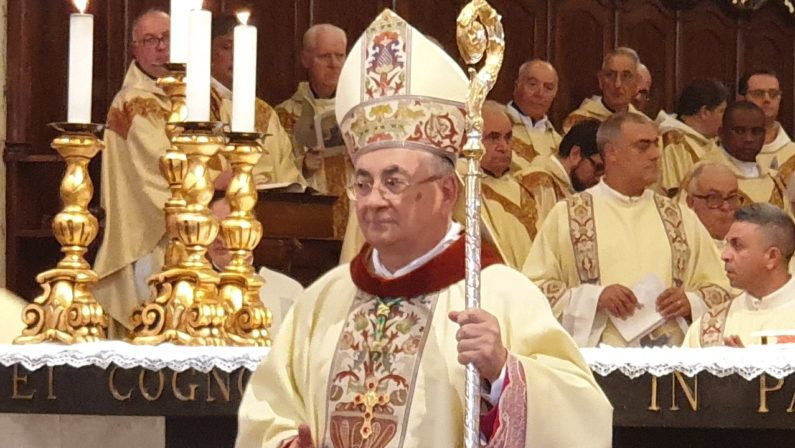 Coronavirus, il vescovo di Mileto rinvia a data da destinarsi cresime e prime comunioni