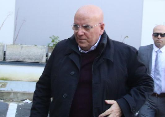 Mario Oliverio mentre si reca al Riesame