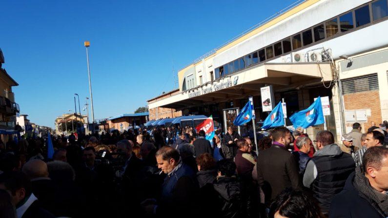 Protesta Lsu e Lpu a Lamezia, indagati sindacalistiCoinvolti i segretari regionali di Cgil, Cisl e Uil
