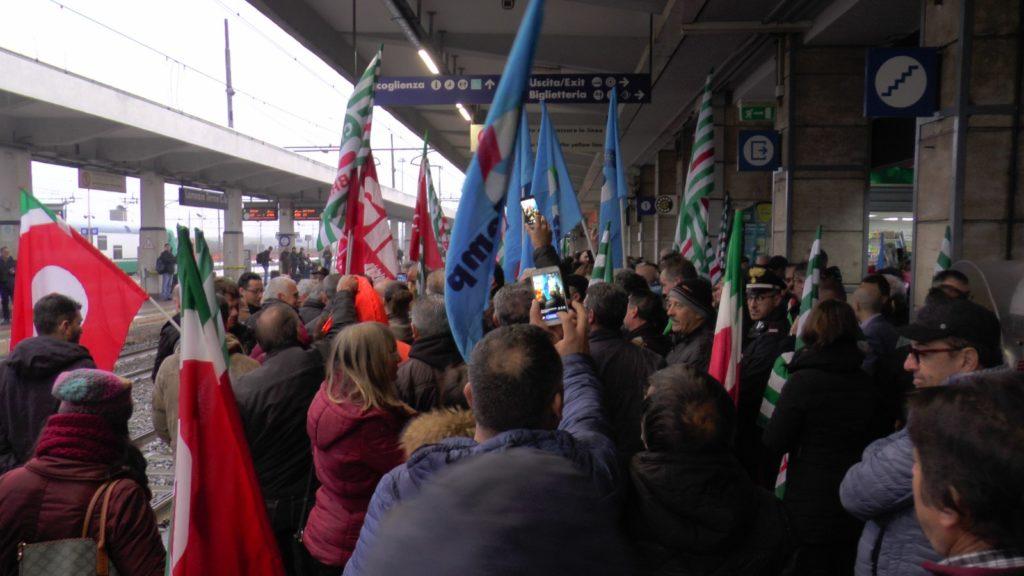 Protesta Lsu Lpu, c'è l'emendamento ma non i soldiSale lo scontro nel Governo per i lavoratori calabresi
