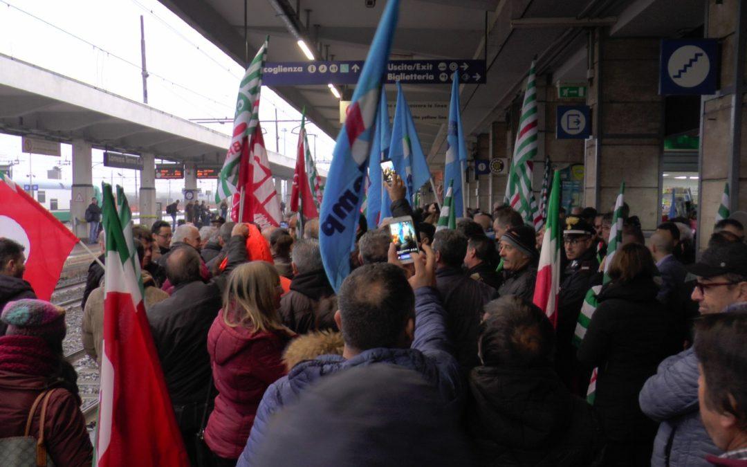 Protesta Lsu Lpu, c'è l'emendamento ma non i soldi  Sale lo scontro nel Governo per i lavoratori calabresi