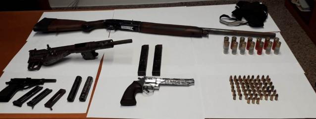 Un vero e proprio arsenale nascosto in un pollaio Arrestato dai carabinieri a Platì un 49enne