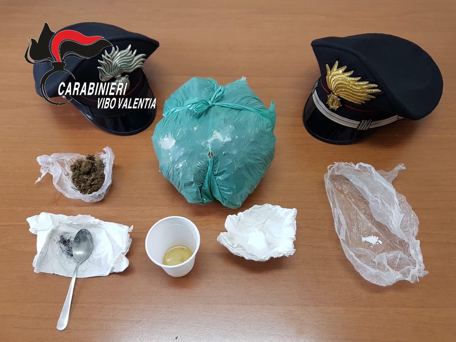 Pusher arrestato dai carabinieri a Vibo Marina  Aveva preparato le dosi per il mercato delle feste