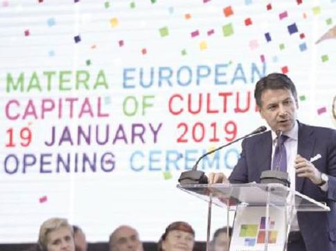 L'intervento del presidente del Consiglio, Giuseppe Conte