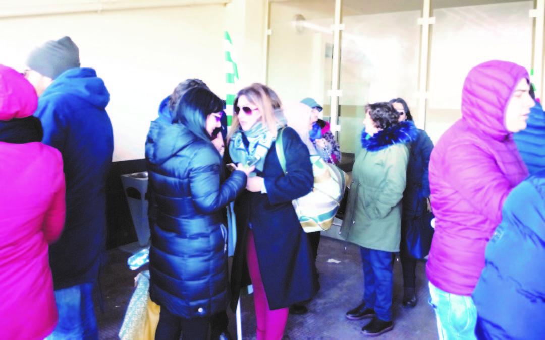 Mancato rinnovo di 400 contratti all'Abramo customer care  Una risoluzione parlamentare per cambiare il decreto dignità