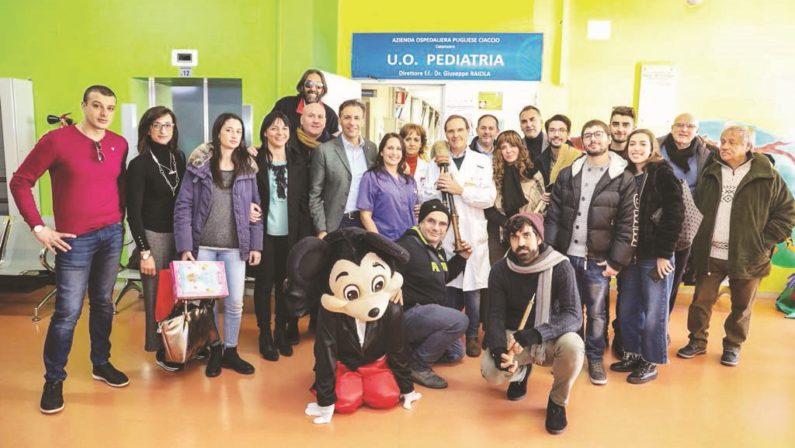 """La """"Befana del poliziotto"""" tra solidarietà e riflessione  A Catanzaro iniziative di Fsp in pediatria e in teatro"""