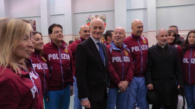 Polizia, a Catanzaro un gruppo sportivo Fiamme OroGabrielli:«Cento uomini in più per la Questura»