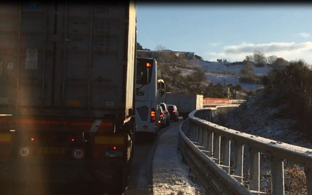 VIDEO – Maltempo, disagi sul raccordo autostradale Sicignano-Potenza