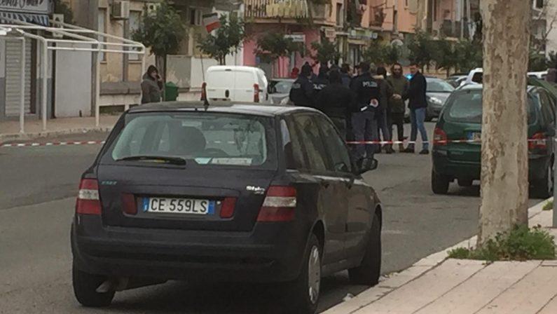 Sparatoria in strada a Crotone, due arrestiLa polizia ha individuato le persone responsabili