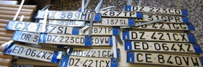 Targhe e documenti clonati per le auto rubateSei arresti nel Crotonese e dodici indagati