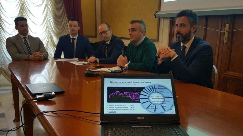 Reggio Calabria apre alla connessione ultra largaPrevisto un investimento di 13 milioni di euro