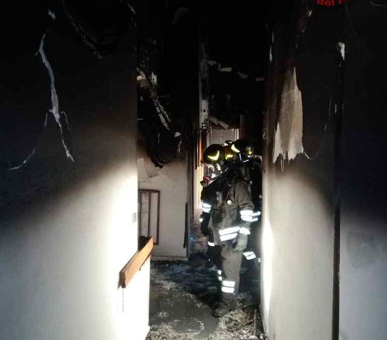 FOTO – Incendio in una casa di riposo a Reggio Calabria  Struttura distrutta e dodici anziani intossicati