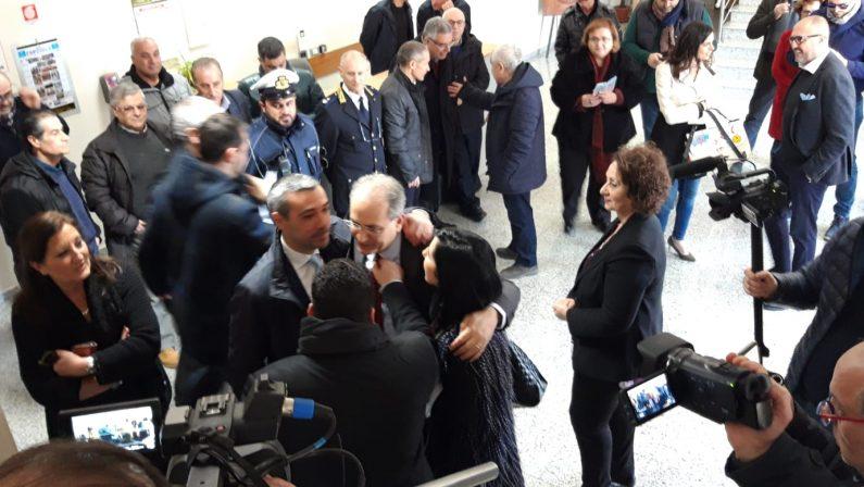 FOTO - Il ritorno di Paolo Mascaro come sindaco del Comune di Lamezia