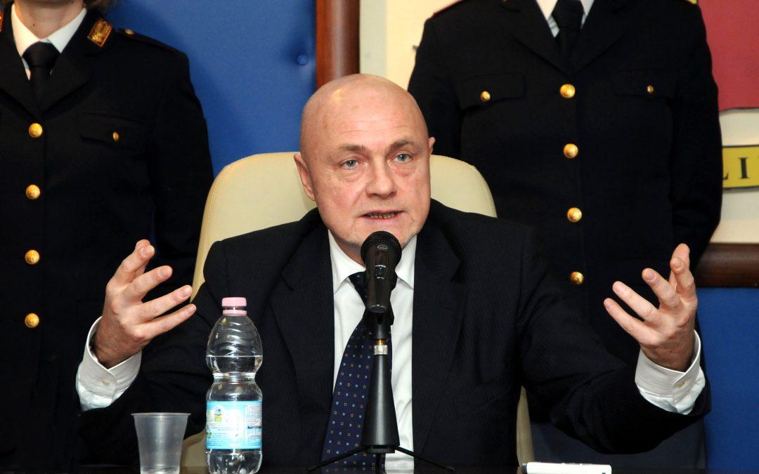 Reggio Calabria, colpì un arbitro con un pugno  Daspo di 5 anni al tecnico dell'Asd Athletic Roccella
