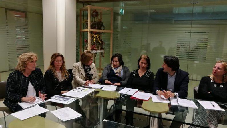 La Regione stanzia 210 mila euro per gli alunni disabiliSaranno ripartiti tra i 13 poli per l'inclusione scolastica