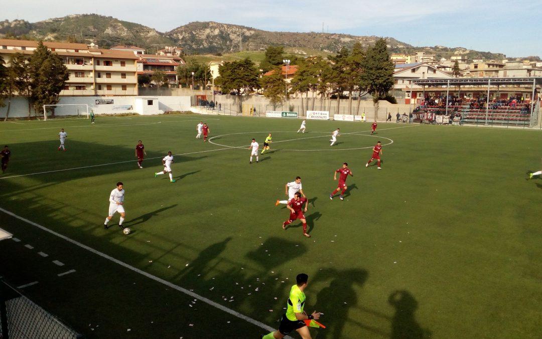Serie D, il Bari ha già chiuso i giochi promozione   Per i play out Roccella e Locri alla ricerca di punti
