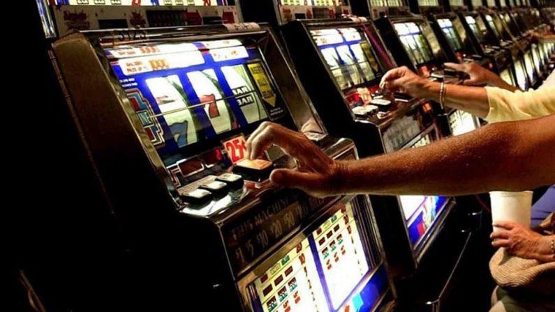 Monopoli, controlli della Guardia di Finanza nel CosentinoSequestrate Slot Machine e emesse sanzioni per 140 mila euro