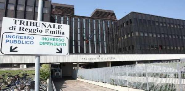 Danneggiamenti e tentate estorsioni in Emilia RomagnaConvalidati fermi e custodia per i tre figli di Francesco Amato