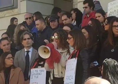 Manifestazione Reggio.jpg