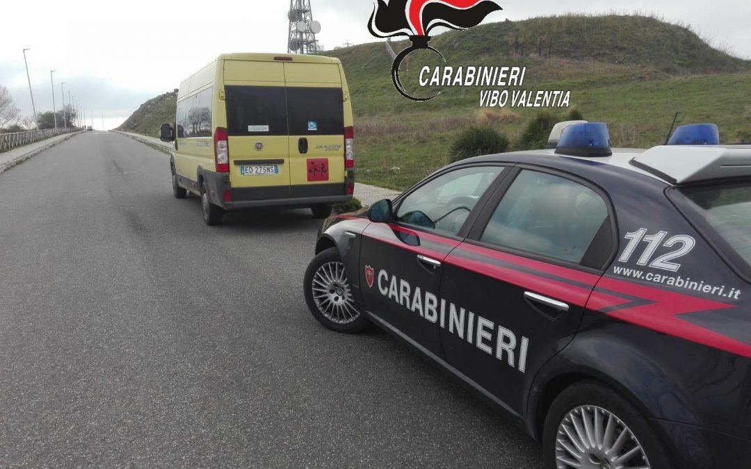 Cessaniti, scuolabus senza assicurazione Mezzo sequestrato ad un controllo dai carabinieri