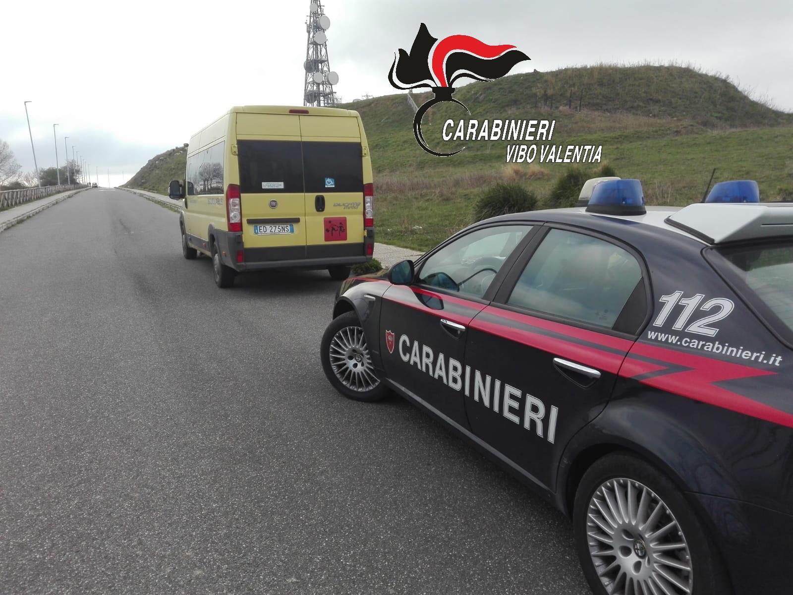 Cessaniti, scuolabus senza assicurazioneMezzo sequestrato ad un controllo dai carabinieri