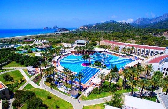 Turismo, un prestigioso resort nel ViboneseFormazione per 80 addetti nella nuova struttura