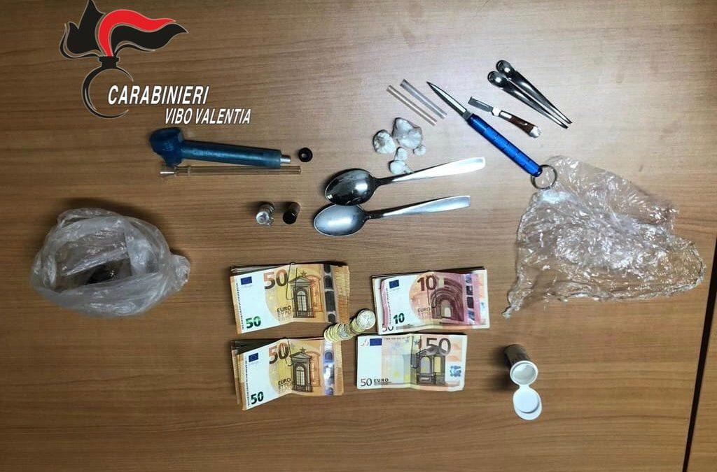 Detenzione di droga, arrestato un uomo nel vibonese  Sorpreso con 3600 euro e diverse dosi in auto