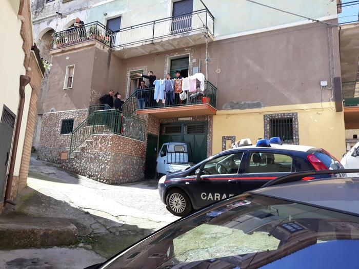 Tragedia nel Cosentino, uccide la moglie incintaVittima era la sorella del nonno di Cocò CampilongoIl marito si consegna ai carabinieri, arrestato