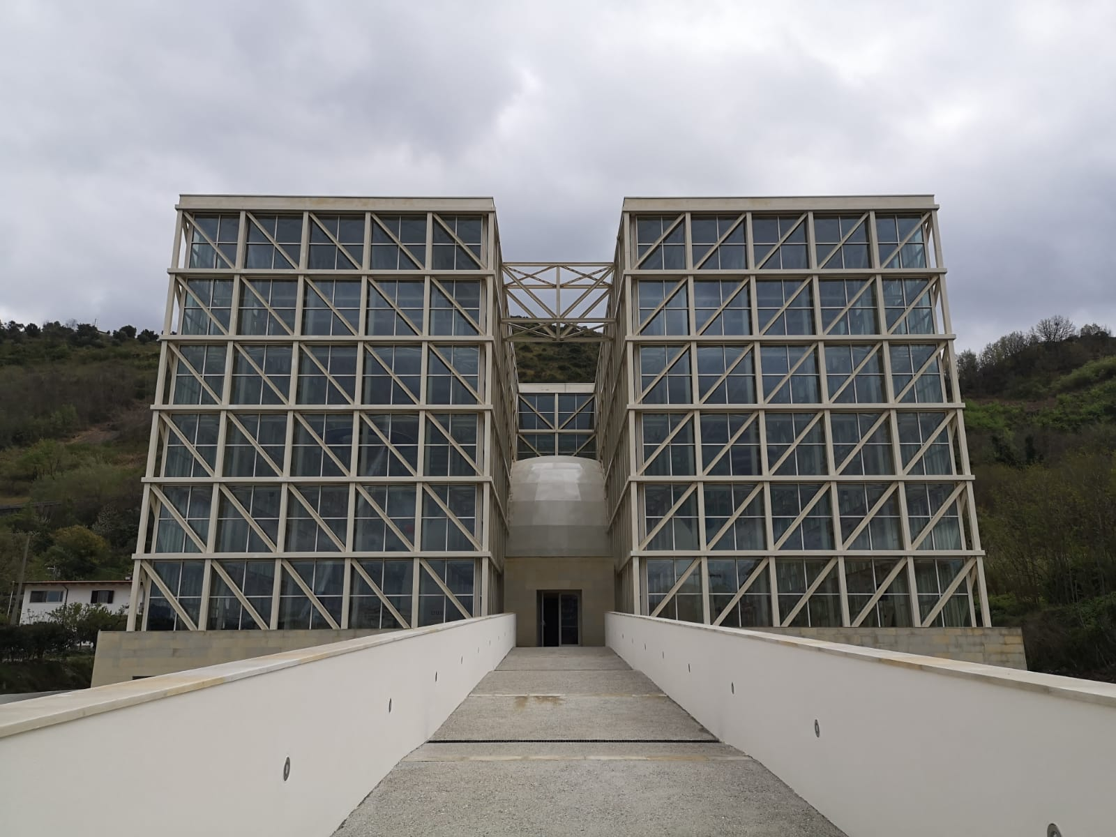 Apre il planetario Giovan Battista AmicoA Cosenza una della strutture più innovative