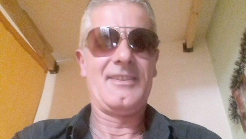 Perde il controllo dell'auto e sbatte al guardrailMorto sul colpo un uomo di 50 anni a Catanzaro