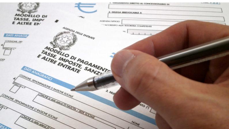 Il chiodo della legge elettorale e le tasse incubo di ogni Governo
