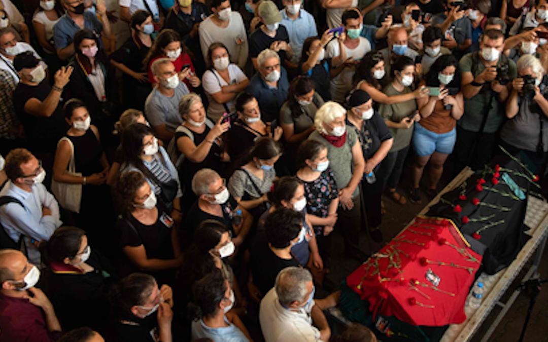 Quaranten(n)a – Ebru, e le donne che ci insegnano a vivere