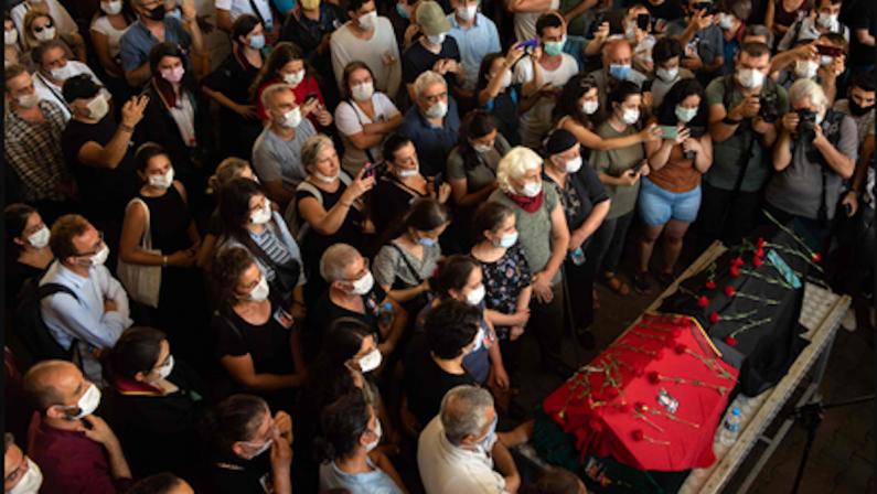 Quaranten(n)a - Ebru, e le donne che ci insegnano a vivere