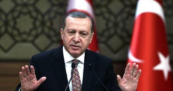 La pandemia non placa i venti di guerratra Grecia e Turchia