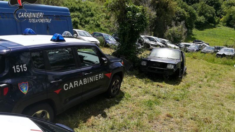 Decine di autovetture abbandonate in un terrenoDenuncia e sequestri dopo controlli nel Catanzarese