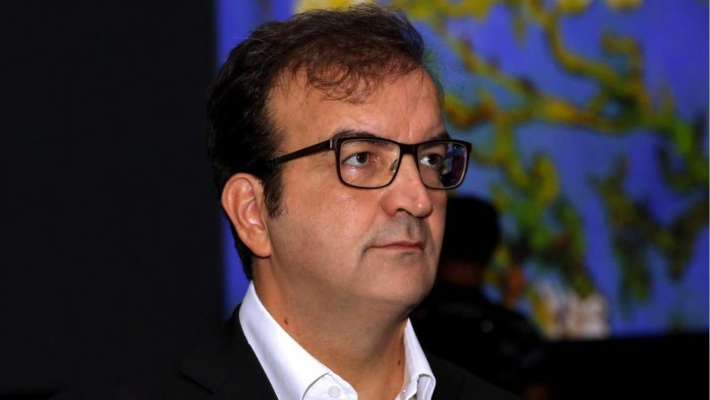 Mario Occhiuto dice basta: «Niente regionali, Berlusconi mi ha convinto»  Roberto: «Ferita profonda»