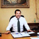 Matteo Salvini in ufficio.jpg