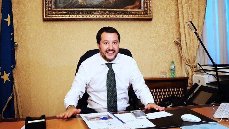 Sveglia, la Lega vuole scippare la cassa del SudGoverno paralizzato, a Salvini resta l'autonomia