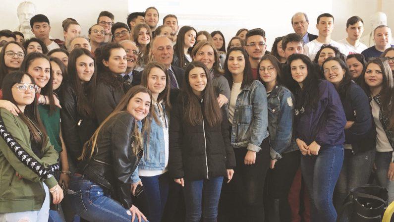 'Ndrangheta, il figlio del boss di Rosarno si dissociaA Reggio con gli studenti:«Quell'arresto a 17 anni»