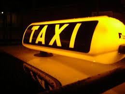 Gestiva un taxi senza licenza e senza patente di guidaA Cosenza denunciato e multato (10 mila euro) un uomo