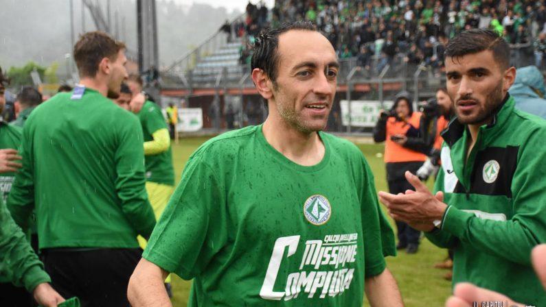 Calcio, l'Avellino torna in serie C: festa grande biancoverde